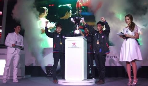 ศึกเดือด FIFA ONLINE 3 : SEA CHAMPIONSHIPS 2015 ทีมไทยโชว์โหดโค่นแชมป์เก่าเวียดนามได้สำเร็จ